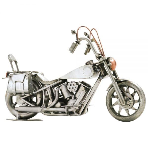 Custom moottoripyörä mutteriveistos